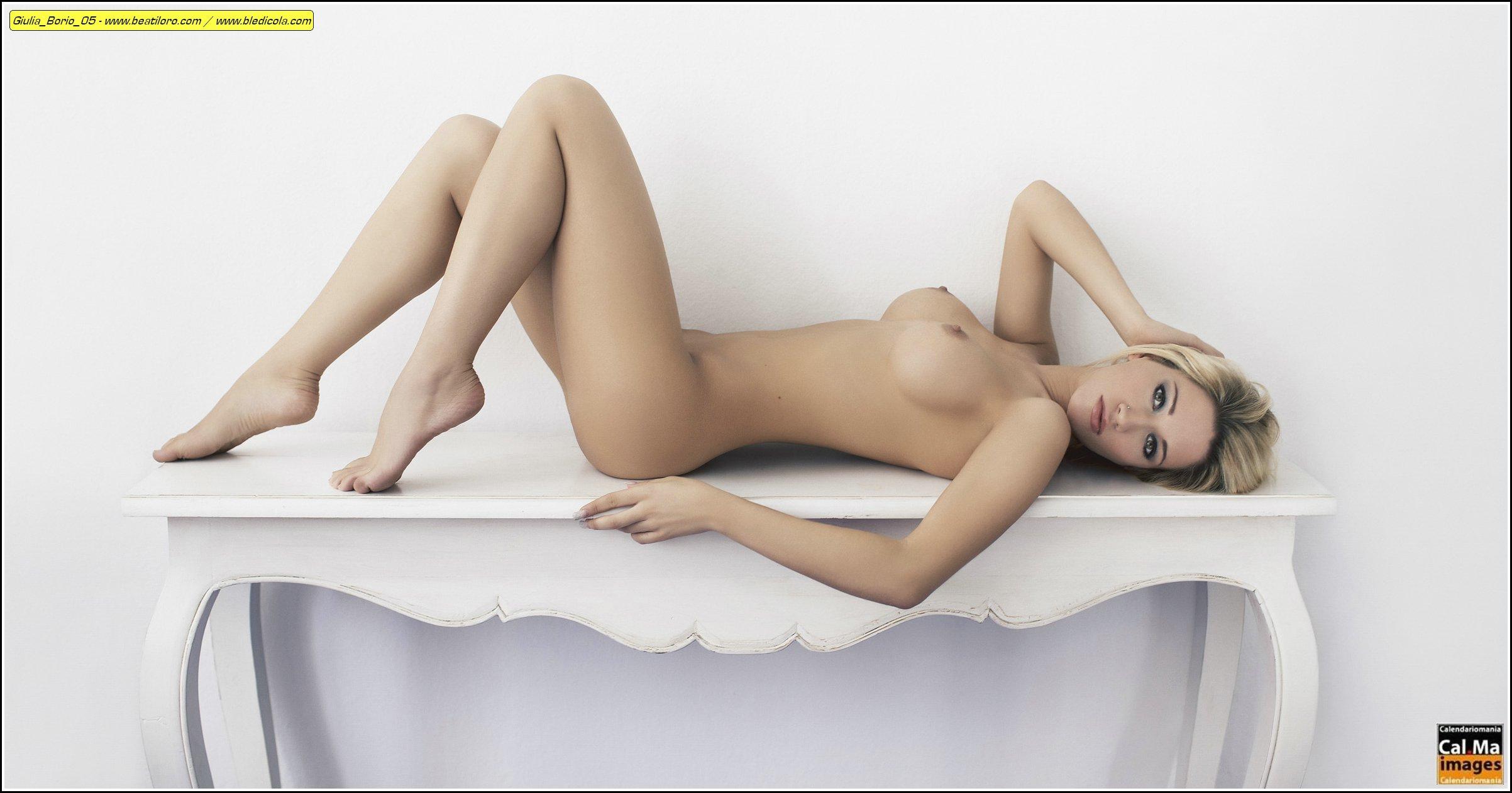 hot sexy photo of mariella tiemann cleavage boobs topless bikini